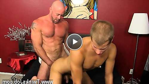 muscle gay hunks video video